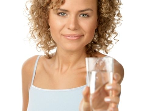 Beba água às refeições